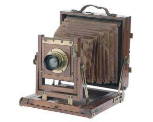 fachmann-fuer-historische-kameras-balgenkamera