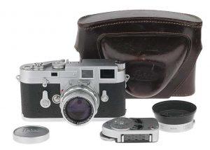 leica-zubehoer-und-kamera